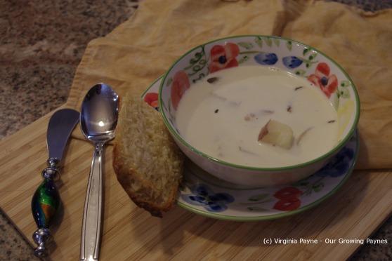 Roasted garlic soup 7 2013